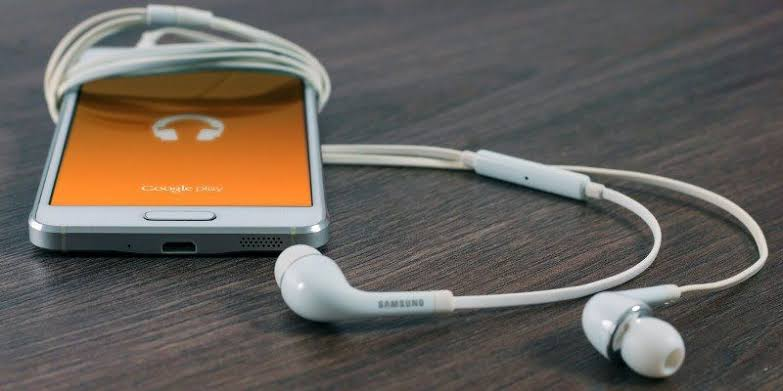 Stop Notifications Sounds While Listening To Music On Android.